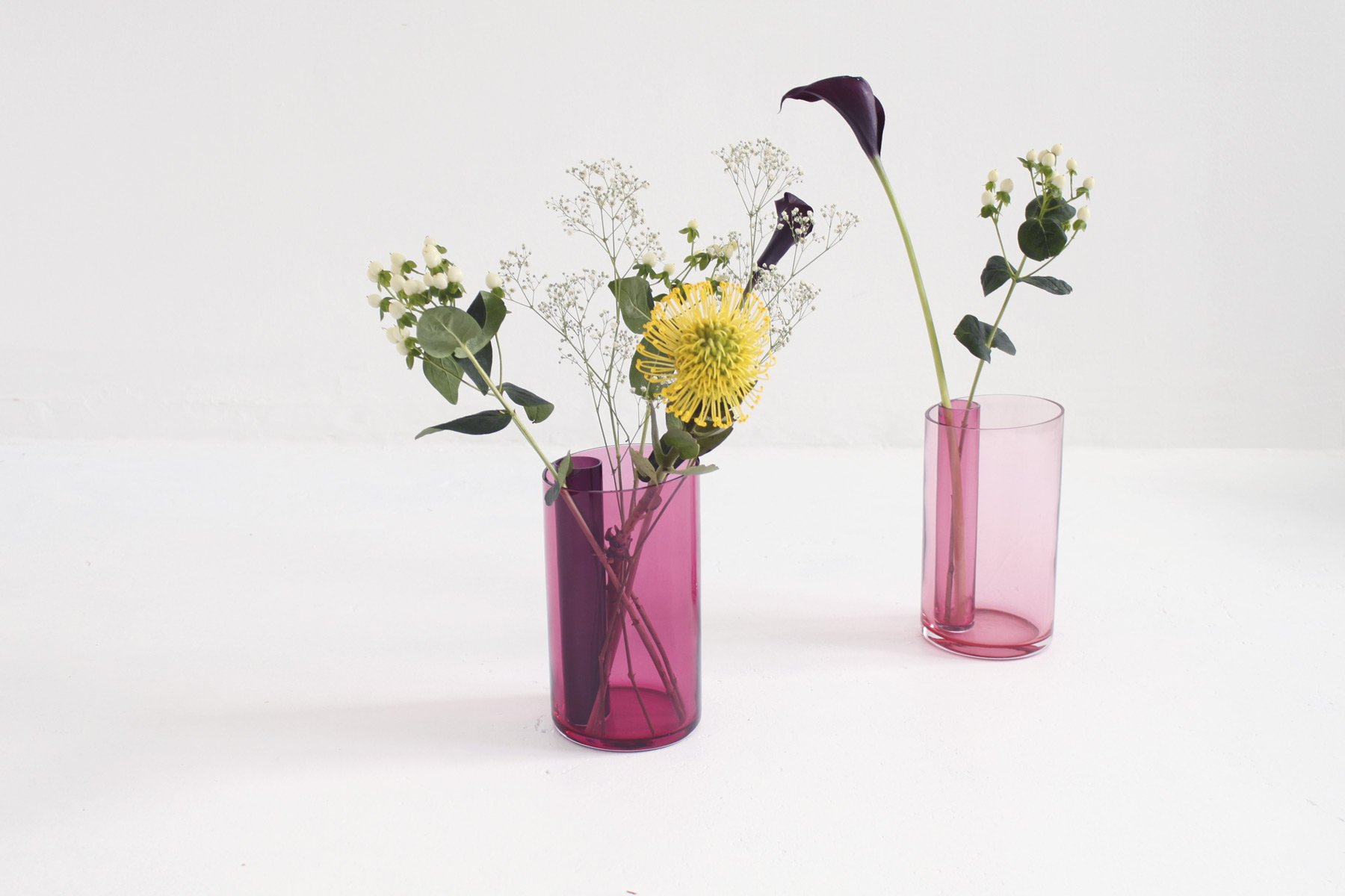 The futuristspart 4 inside vase by isabel quiroga designed to hold a single flower as well as an entire bouquet exhibited at design language in milan 2017 reviewsmspy