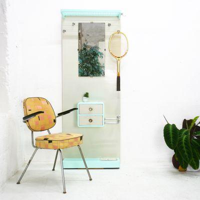 Appendiabiti con specchio e cassetti, anni \'50 in vendita su Pamono