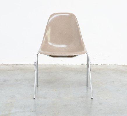 fiberglas stuhl von charles ray eames fr herman miller 1 - Herman Miller Schreibtischsthle