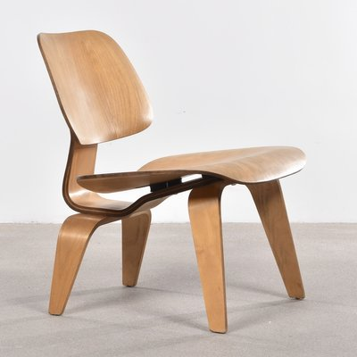 American LCW Oak Lounge Chair By Charles Ray Eames For Herman - Fauteuil lounge eames