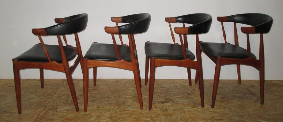 Danish Dining Chairs By Johannes Andersen For BRDR 1964 Set Of 4 1