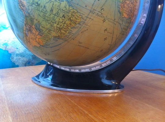 Art deco illuminating globe for sale at pamono art deco illuminating globe 2 gumiabroncs Images