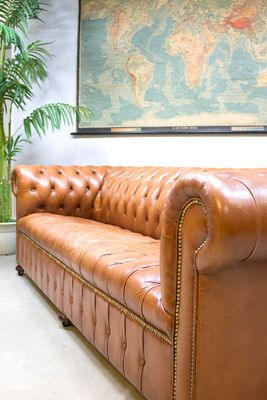 Vintage Leather Chesterfield Sofa 3