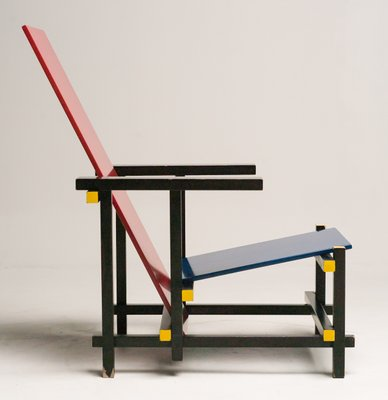Lovely Red And Blue Chair By Gerrit Thomas Rietveld For Cassina, 1978 2
