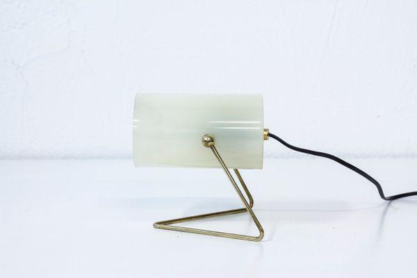 Mid Century Finnish Brass U0026 Acrylic Table Lamp From Korumo 2
