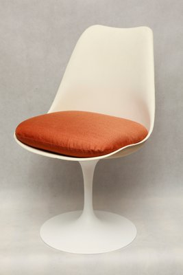 saarinen white arm chair tulip eero com hivemodern knoll pages