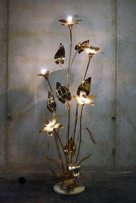 Vintage Regency Brass Flower Floor Lamp, 1970s 3