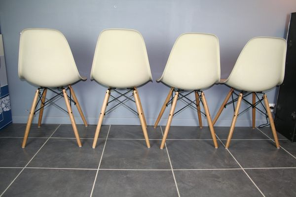 Side Chairs By Charles U0026 Ray Eames For Herman Miller, 1950s, ...