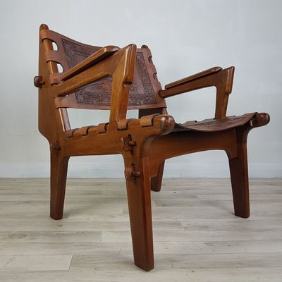 Superior Leather Saddle Armchair By Angel I. Pazmino, 1970s 18