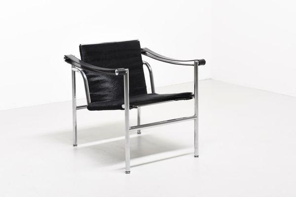 Vintage LC1 Lounge Chair by Le Corbusier, Pierre Jeanneret ...