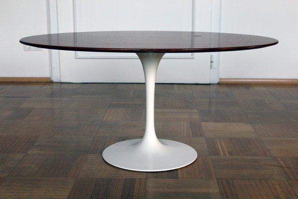 Tavolo Saarinen Usato : Knoll tavolo saarinen dining table with white painted aluminum