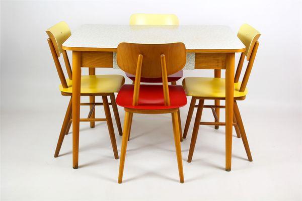 Tavolo da cucina in legno di formica di Jitona, anni \'60 in ...