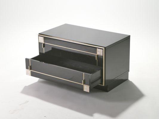 elegant tables de chevet en laiton laques de roche bobois set de with roche bobois chevet. Black Bedroom Furniture Sets. Home Design Ideas