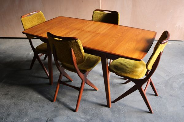 Mid-Century Dining Table by Louis van Teeffelen for Wébé, 1960s for ...