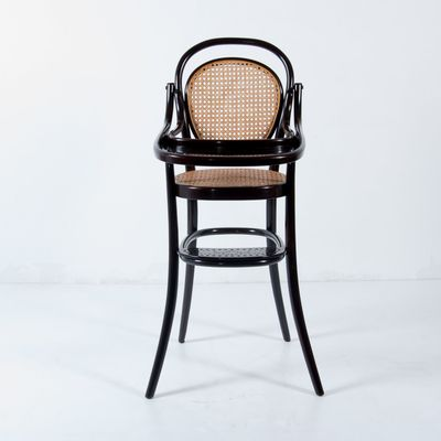 Vintage Nr. 3 Children's Bentwood Highchair from Thonet 1 - Vintage Nr. 3 Children's Bentwood Highchair From Thonet For Sale At