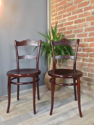 Antique N ° 100 Chairs By Michael Thonet, Set Of 2 2