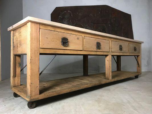 Credenza da cucina o tavolo da fornaio vintage in legno di pino e ...