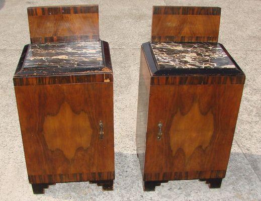Comodini Art Déco, anni \'20, set di 2 in vendita su Pamono