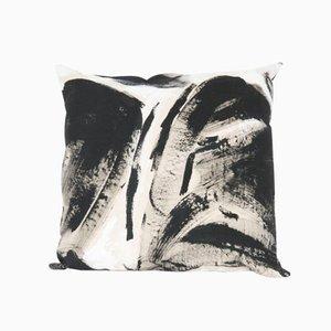 Zweifarbiges Quadratisches Kissen von Naomi Clark für Fort Makers