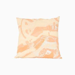 Cuscino two Hue quadrato color pesca di Naomi Clark per Fort Makers