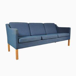 Dänisches Drei-Sitzer Sofa mit Blauem Stoffbezug von Børge Mogensen für Fredericia