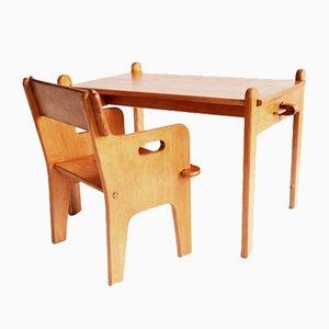 Chaise et Table Peter par Hans J. Wegner pour Carl Hansen and Sons, Danemark, 1944