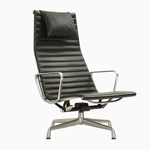 EA124 Black Leather Lounge Chair by Charles and Ray Eames, 1960s