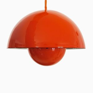 Flower Pot Ceiling Lamp in Red by Verner Panton