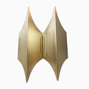 Dänische Skulpturelle Gothic II Messing Wandlampe von Lyfa, 1960er