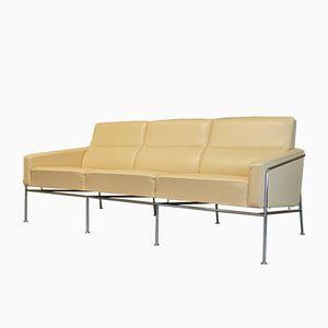 Vintage Cream Leather Series 3303 Sofa by Arne Jacobsen for Fritz Hansen