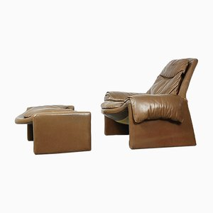 Italian Proposals Leather Lounge Chair with Ottoman by Vittorio Introini for Saporiti, 1960s