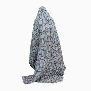 Coperta Hide grigia di Nienke Hoogvliet per Textiel Museum Tilburg