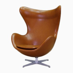 Cognac Leather Egg Chair by Arne Jacobsen for Fritz Hansen, 1960s