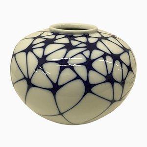 Vaso bianco e blu di Enzo Mari per KMP, 2003