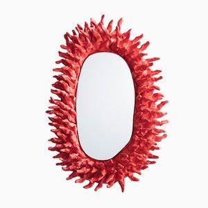 Specchio a muro Spiky di Katie Stout, Stati Uniti, 2017