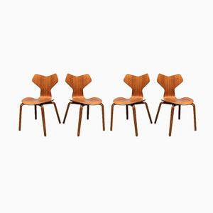 Mid-Century Grand Prix 3130 Chairs by Arne Jacobsen for Fritz Hansen, Set of 4