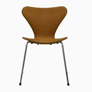 Vintage Series 7 Chairs by Arne Jacobsen for Fritz Hansen