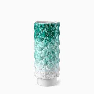 Verblasste Hand-Dekorierte Plumage Vase in Weiß & Grün von Cristina Celestino für BottegaNove