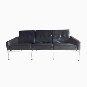 3300 Three-Seater Sofa in Black Leather by Arne Jacobsen for Fritz Hansen, 1960s
