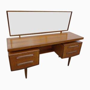Britischer Fresco Schreibtisch von Victor Wilkins für G-Plan, 1960er