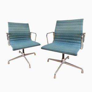 EA 108 Aluminium Bürosessel mit Blauem Bezug von Charles & Ray Eames für Vitra