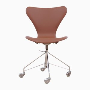 Mid-Century Modern Model 3117 Desk Chair by Arne Jacobsen for Fritz Hansen, 1969