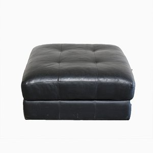 designer poufs ottomanen online kaufen bei pamono. Black Bedroom Furniture Sets. Home Design Ideas