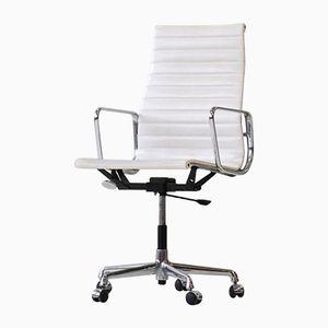 Chaise de Bureau Mid-Century EA 119 en Aluminium par Charles & Ray Eames pour Vitra