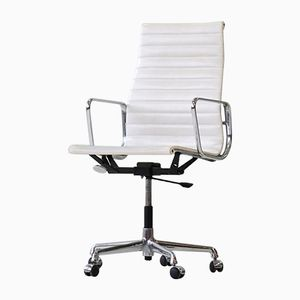 Mid-Century EA 119 Aluminum Office Chair by Charles & Ray Eames for Vitra