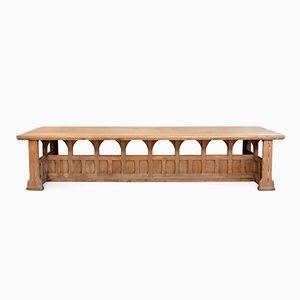 Neogothischer Englischer Tisch aus 20. Jhdt.