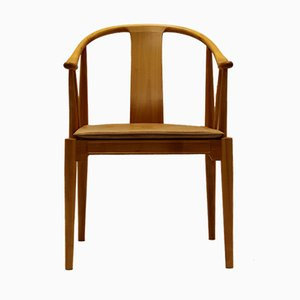 Vintage Stuhl aus Kirschholz von Hans J. Wegner für Fritz Hansen