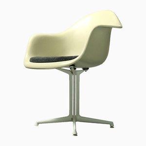 Fiberglas Armlehnstuhl von Charles & Ray Eames für Vitra, 1950er
