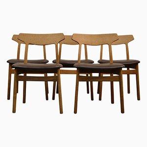 Esszimmerstühle aus Eiche von Henning Kjaernulf für Bruno Hansen, 1960er, 5er Set
