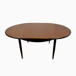 Mid-Century Oval Extendable Teak Dining Table from G-Plan, 1960s